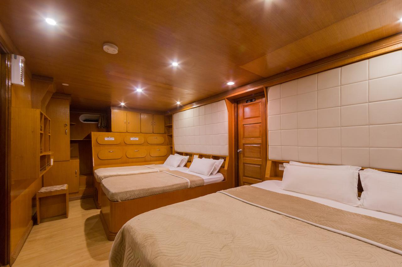 01 Family Quad Suite